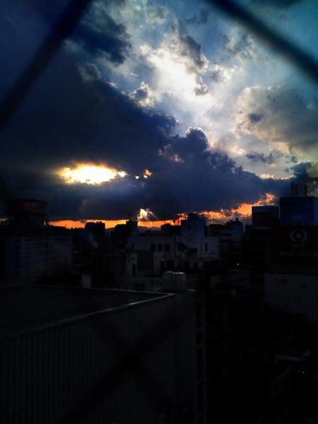 KCHJ_sky.jpg